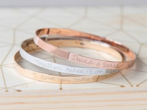 x-personalised-flat-bangle-merci-maman-20-800x600